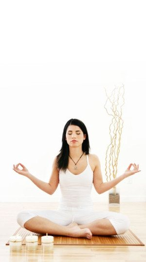 Kobieta uprawiająca jogę